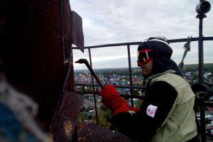 Демонтаж металлической трубы, газорезные работы на высоте
