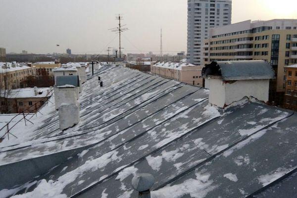 Очистка крыш от снега - ежемесячное обслуживание